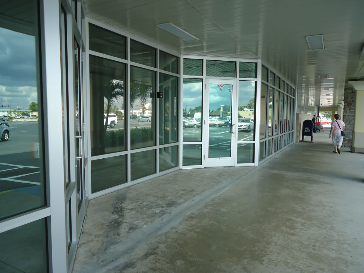 016 Storefront Hurricane Windows - Port St. Lucie, Florida